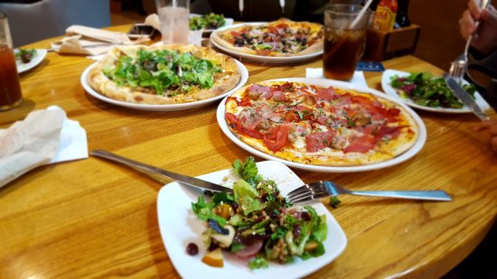 How Big Are California Pizza Kitchen Pizzas