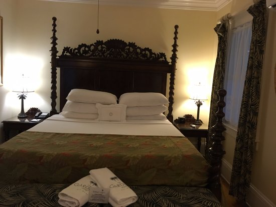 The Gardens Hotel: Room 11