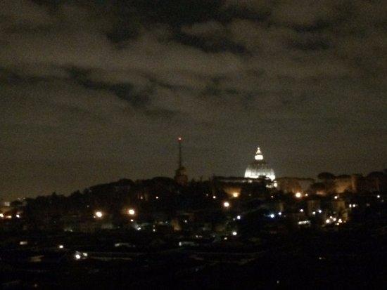 Bella vista sul vaticano foto di parco lineare - Le finestre sul vaticano ...