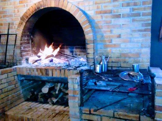 Vilademuls, España: La chimenea del comedor