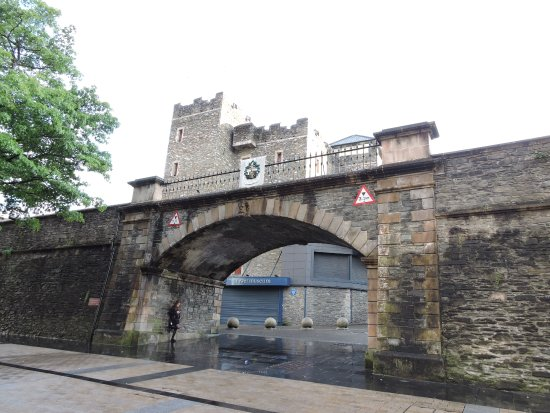 Walled city Londonderry: Puente