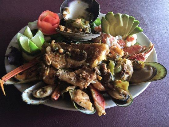 Sycamore, IL: Taco's Maiscos Taxco