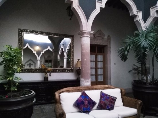 Jerez de Garcia Salinas, เม็กซิโก: Beautiful inside patio to relax