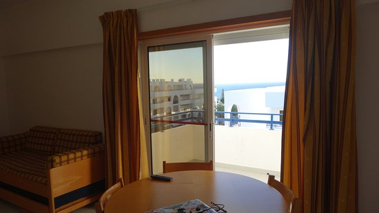 Be Smart Terrace Algarve: pokój dzienny