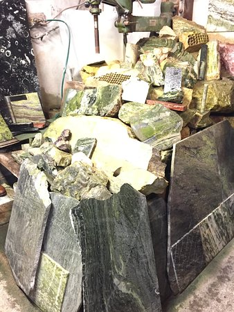 Moycullen, Irlandia: variety of the Connemara marble