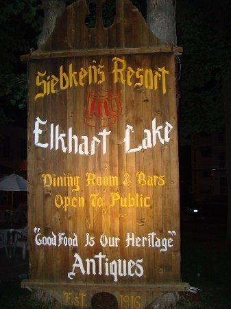 Elkhart Lake, WI: Siebkens Sign