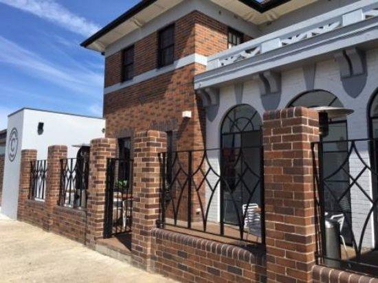 Strathfield South, Avustralya: Crossways Outside