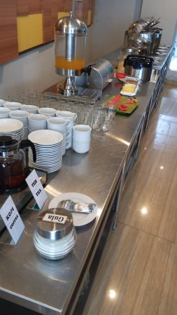 Hotel New Coklat: The breakfast spread (this shows all the items)