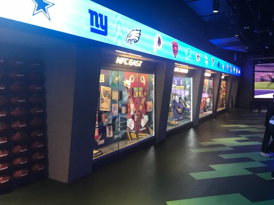 photo3.jpg - Picture of NFL Experience Times Square f53289faabe4f