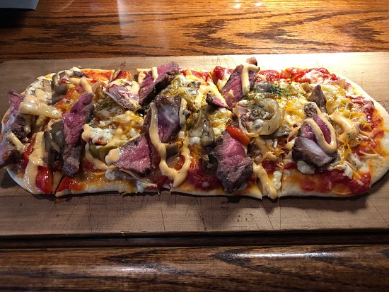 Menomonee Falls, WI: Southwestern Steak Flatbread - as served at the restaurant