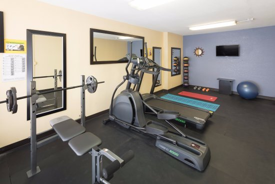 Madison, GA: FITNESS ROOM