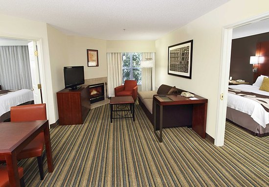 Milpitas, CA: Two-Bedroom Suite