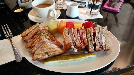 The News Room: My club sandwich - yummy!!
