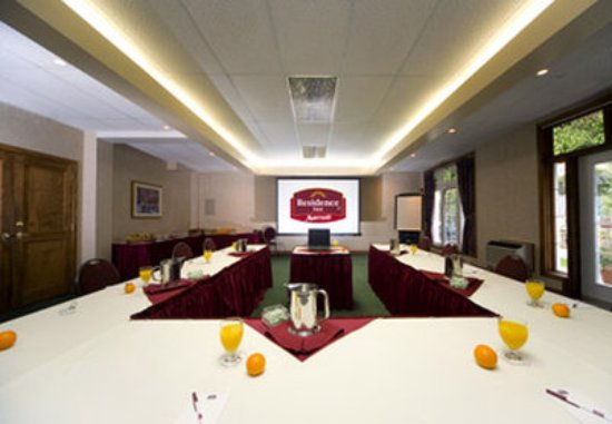 Residence Inn by Marriott Mont Tremblant Manoir Labelle: La Fontaine Meeting Room