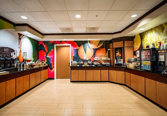 Exeter, Nueva Hampshire: Breakfast Room - Buffet