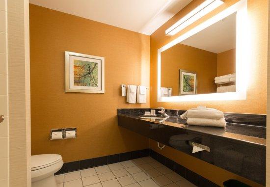 เอ็กซีเตอร์, นิวแฮมป์เชียร์: Guest Bathroom - Vanity