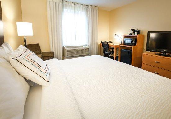 เอ็กซีเตอร์, นิวแฮมป์เชียร์: King Guest Room