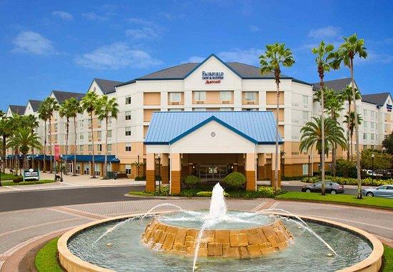 Fairfield Inn & Suites Orlando Lake Buena Vista in the Marriott Village : Exterior
