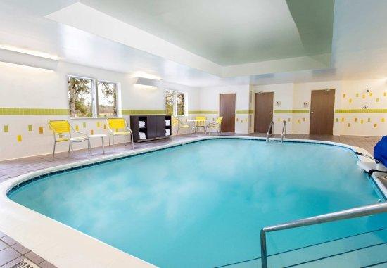 Fairfield Inn Pensacola I-10: Indoor Pool