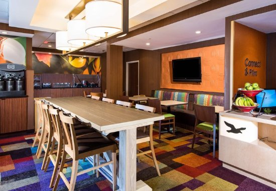 Fairfield Inn Pensacola I-10: Lobby Area