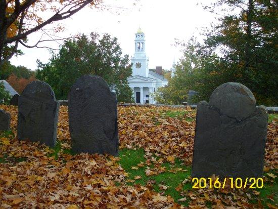 Concord, Μασαχουσέτη: Beautiful fall day.