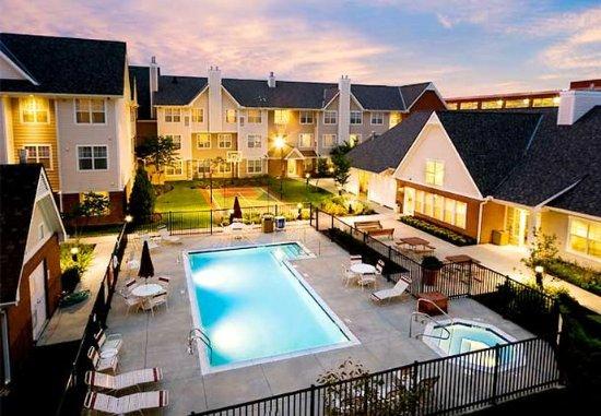 Residence Inn Columbus Easton: Outdoor Pool