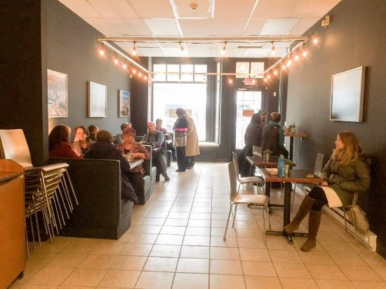 Holyoke, MA: Inside the Cafe