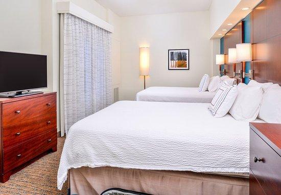 เวย์เนสโบโร, เวอร์จิเนีย: One-Bedroom Queen/Queen Suite