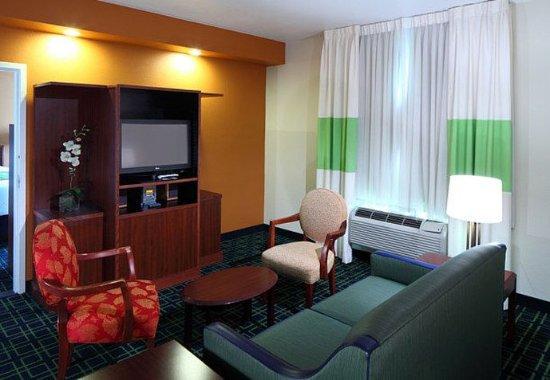 Fairfield Inn Suites San Francisco San Carlos Updated 2017 Hotel Reviews Price Comparison
