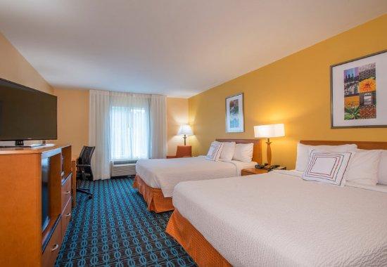 Hinesville, GA: Queen/Queen Guest Room