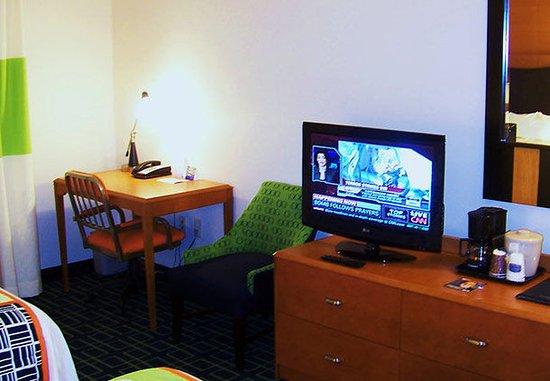 Kodak, TN: Guest Room Work Desk