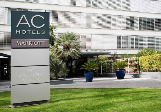 AC Hotel Victoria Suites: Exterior