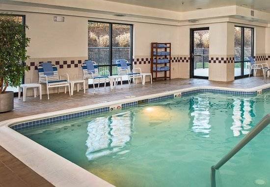 SpringHill Suites Edgewood Aberdeen : Indoor Pool
