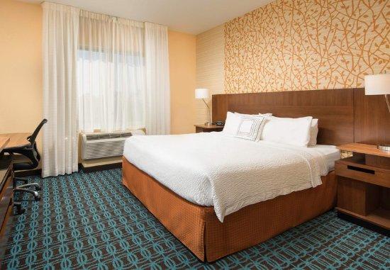 Farragut, TN: King Guest Room