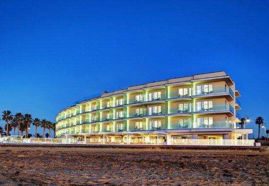 Imperial Beach, CA: Exterior