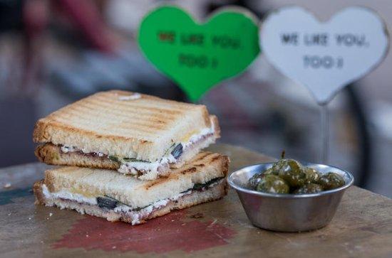 Tours culinaires auto-guidés de Bitemojo à Tel Aviv: White City
