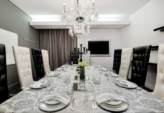 Protea Hotel Fire & Ice! by Marriott Johannesburg Melrose Arch: Private Dining Room