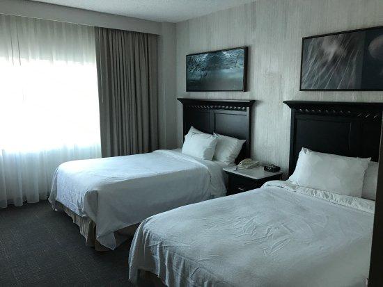 Embassy Suites by Hilton Hotel Monterey Bay - Seaside: photo6.jpg