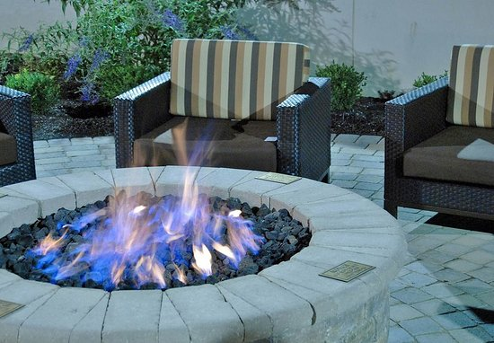 New Albany, OH: Outdoor Fire Pit
