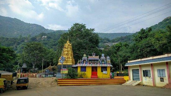 Jalagamparai Falls: IMG-20171126-WA0019~2_large.jpg