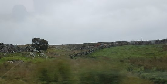 Corofin, Ireland: Rugged landscape