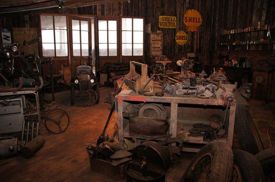 Muttenz, Suisse : Nachbildung einer alten Werkstatt