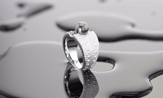 Moka: Handgearbeiteter Silberring mit Seeigelstruktur und Tahitiperle aus unserer Silberdesignkollekti