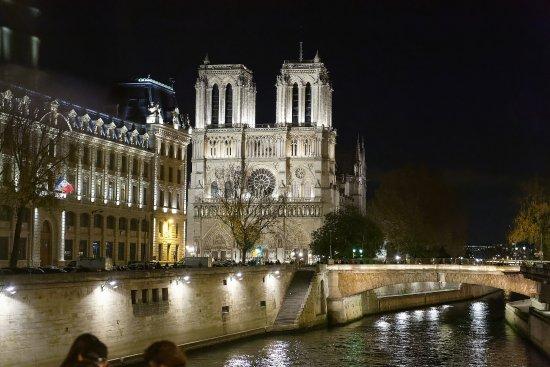 Navigation sur la seine bild von office du tourisme et - Office du tourisme d allemagne a paris ...