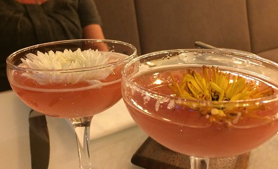 Harvey Nichols Fourth Floor Restaurant: Gin and pink champagne cocktail