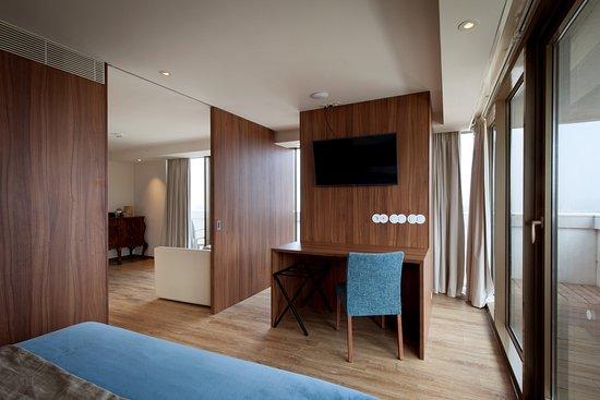 sea porto hotel matosinhos portugal foto de sea porto hotel business matosinhos. Black Bedroom Furniture Sets. Home Design Ideas