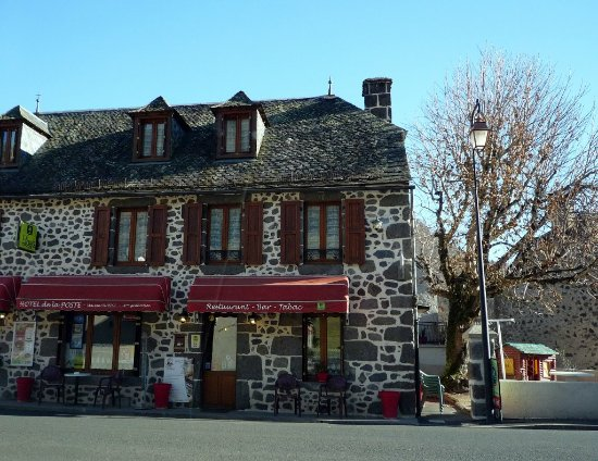 Cantal, France: Restaurant Hotel de la Poste