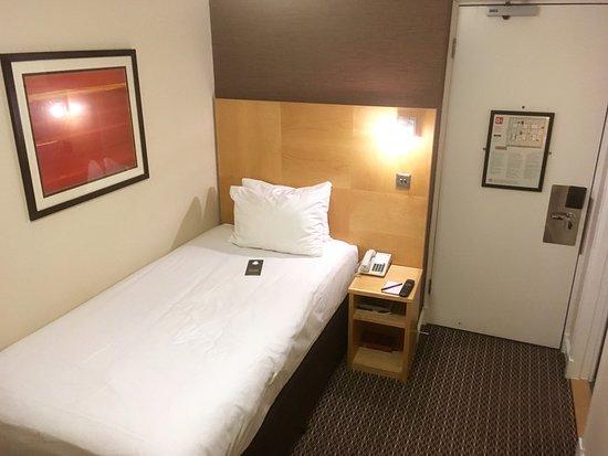 Strand Palace Hotel: Cosy Room (Single)