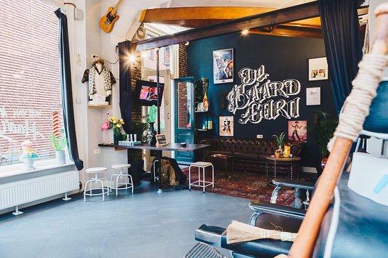 Харлем, Нидерланды: De baard Guru
