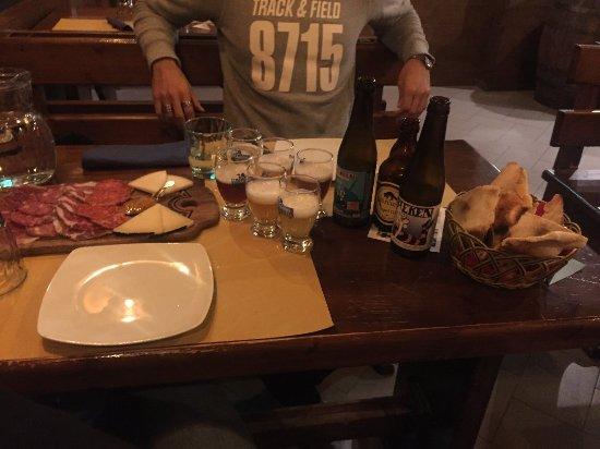 TNT: 3 birre belga + tagliere di salumi e formaggi